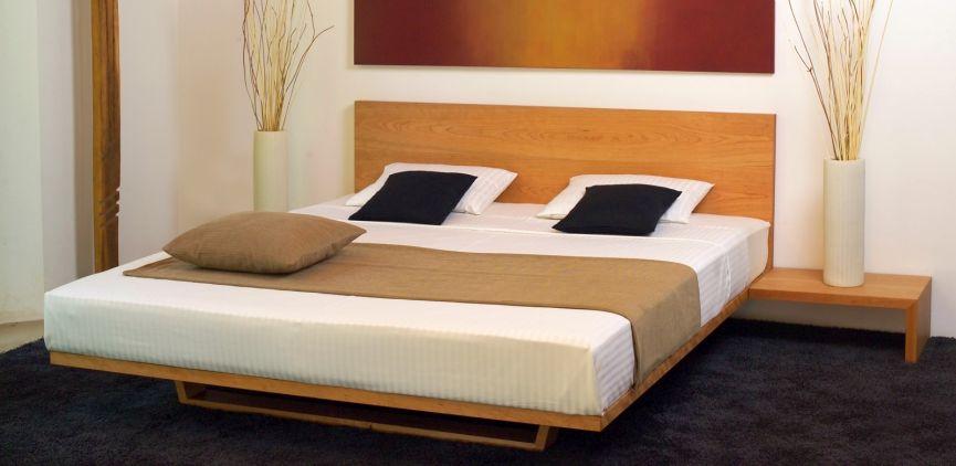 Bett in Rahmen Bau Weise aus Massivholz