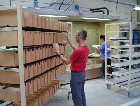 hohe Oberflächenqualität für die Holz Schubladen