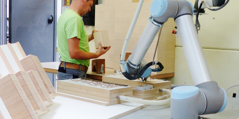 Holz Kasten Produktion Gehrung Esche